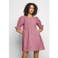 Missguided OVERSIZED SMOCK DRESS FRILL SLEEVE Sukienka letnia blush M0Q21C1IE