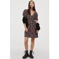 H&M Krótka sukienka wiskozowa 0862937008 Czarny/Kwiaty