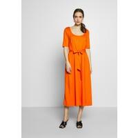 mine to five TOM TAILOR DRESS WITH CARREE NECK Sukienka z dżerseju fiery orange T0X21C005