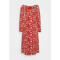 Missguided Tall MILKMAID SHIRRED BUST MIDI FLORAL Sukienka letnia red MIG21C08I