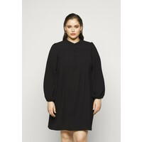 Vero Moda Curve VMSAGA PLEAT SHORT DRESS Sukienka letnia black VEE21C04T