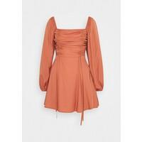 Missguided RUCHED BUST ALINE DRESS Sukienka letnia rust M0Q21C1OZ