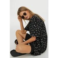 H&M Prosta sukienka 0966532009 Czarny/Kwiaty