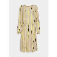 mine to five TOM TAILOR DRESS PRINTED PLEAT DETAIL Sukienka letnia yellow/beige T0X21C00O