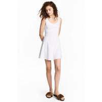 H&M Dżersejowa sukienka 0467302028 Biały