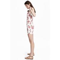 H&M Krótka sukienka 0504195002 Biały/Kwiaty