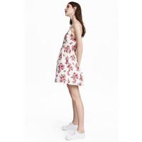 H&M Krótka sukienka 0504113001 Biały/Kwiaty