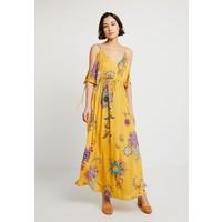 Desigual CAROL Długa sukienka amarillo freesia DE121C0IU
