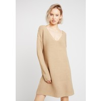 Missguided V NECK KNITTED SWEATER DRESS Sukienka dzianinowa camel M0Q21C14C