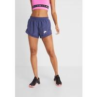 Nike Performance TEMPO SHORT AIR Krótkie spodenki sportowe sanded purple/white N1241E0U7