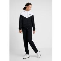 Nike Sportswear SUIT Dres black/white NI121A0A7