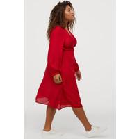 H&M H&M+ Kopertowa sukienka 0816448002 Czerwony