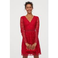 H&M Koronkowa sukienka w serek 0789094002 Czerwony