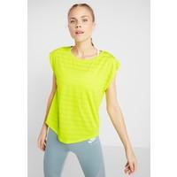 Even&Odd active T-shirt z nadrukiem light yellow EV941D02S