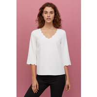 H&M Bluzka z falistymi brzegami 0835417002 Biały