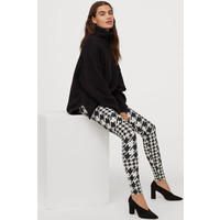 H&M Wzorzyste legginsy 0862590001 Czarny/Pepitka