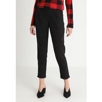 ONLY ONLROMA PANTS Spodnie materiałowe black ON321A0VM