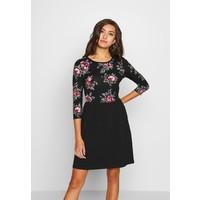 ONLY ONLAMBER AMY 3/4 DRESS Sukienka z dżerseju black/rose ON321C1NV