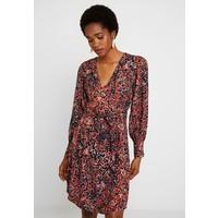 Vero Moda VMLAIA WRAP SHORT DRESS Sukienka letnia marsala/laila VE121C1ZA