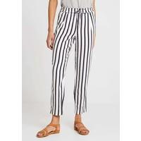 ONLY ONLPIPER PULL UP PANTS Spodnie materiałowe cloud dancer/black ON321A0Z3