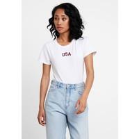 Abercrombie & Fitch AMERICA T-shirt z nadrukiem white A0F21D03S