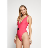 Missguided BELTED BUCKLE SWIMSUIT Kostium kąpielowy pink M0Q81G01I