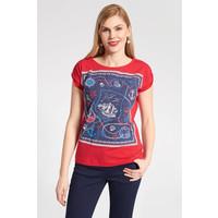 Quiosque Czerwona bluzka z granatowym marynistycznym wzorem 1JH011651