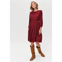 Monnari Luźna sukienka midi o delikatnym wzorze FEM-19J-DRW64502-K49X