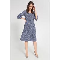 Quiosque Niebieska zwiewna sukienka z guzikami za kolana 4JL010811