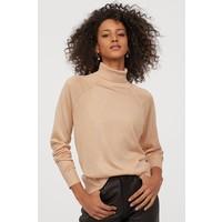 H&M Cienki sweter z golfem 0821152001 Jasnobeżowy