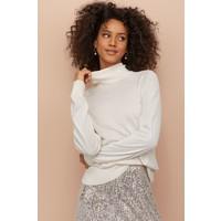 H&M Cienki sweter z golfem 0821152001 Naturalna biel