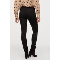 H&M Shaping Skinny Regular Jeans 0731160014 Czarny/No fade black