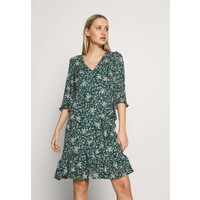 Wallis DITZY FLORAL RUFFLE FLUTE DRESS Sukienka letnia green WL521C0SO