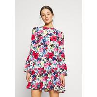 NA-KD FLOUNCED DRESS Sukienka letnia multi-coloured NAA21C0B3
