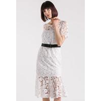 Monnari Koronkowa sukienka z paskiem 20L-DRE1270-K000