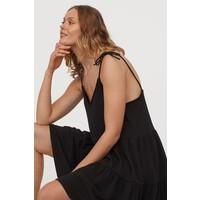 H&M Dżersejowa sukienka w serek 0873604007 Czarny