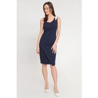Quiosque Granatowa sukienka na asymetrycznych ramiączkach 4JR003802