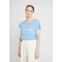 Cream VELIGACR T-shirt z nadrukiem silver lake blue CR221D06Z