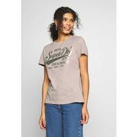 Superdry TEXT INFILL ENTRY TEE T-shirt z nadrukiem silver cloud SU221D1MT