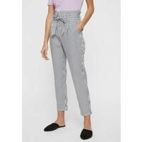Vero Moda Spodnie materiałowe snow white VE121A0R1