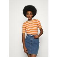 Tommy Jeans STRIPE SLEEVE T-shirt z nadrukiem rustic orange/multi TOB21I01F