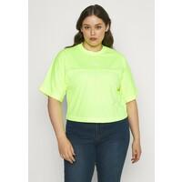 Calvin Klein Jeans Plus PLUS PUFF BACK LOGO TEE T-shirt z nadrukiem yellow C2Q21D007
