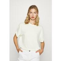 G-Star LASH FEM LOOSE WMN T-shirt basic lumi green GS121D0LD