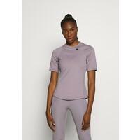 Under Armour RUSH T-shirt z nadrukiem slate purple UN241D0EY