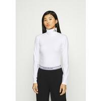 Calvin Klein Jeans NECK ROLL NECK Bluzka z długim rękawem bright white/ck black C1821D0CC