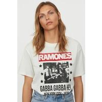 H&M T-shirt z nadrukiem 0896700017 Biały/Ramones