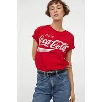 H&M T-shirt z motywem 0762470172 Czerwony/Coca-Cola