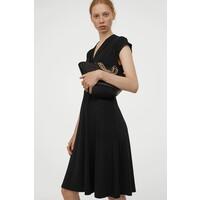 H&M Sukienka z dekoltem w serek 0859136006 Czarny