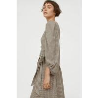 H&M Kopertowa sukienka z dżerseju 0968983002 Beżowy/Czarna krata
