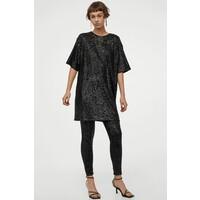 H&M Sukienka z cekinami 0956560001 Czarny